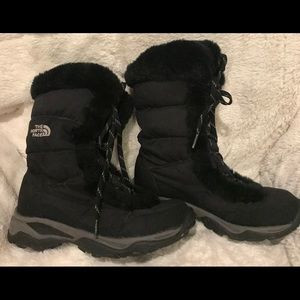 The North Face Shoes - The North Face Black Winter Lace Up Boots Size 6.5